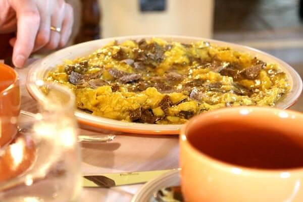 Frittata with black truffle