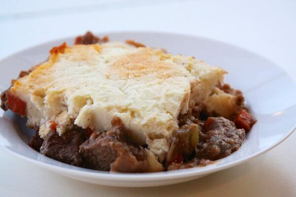 Cottage pie with beef chuck and carrots