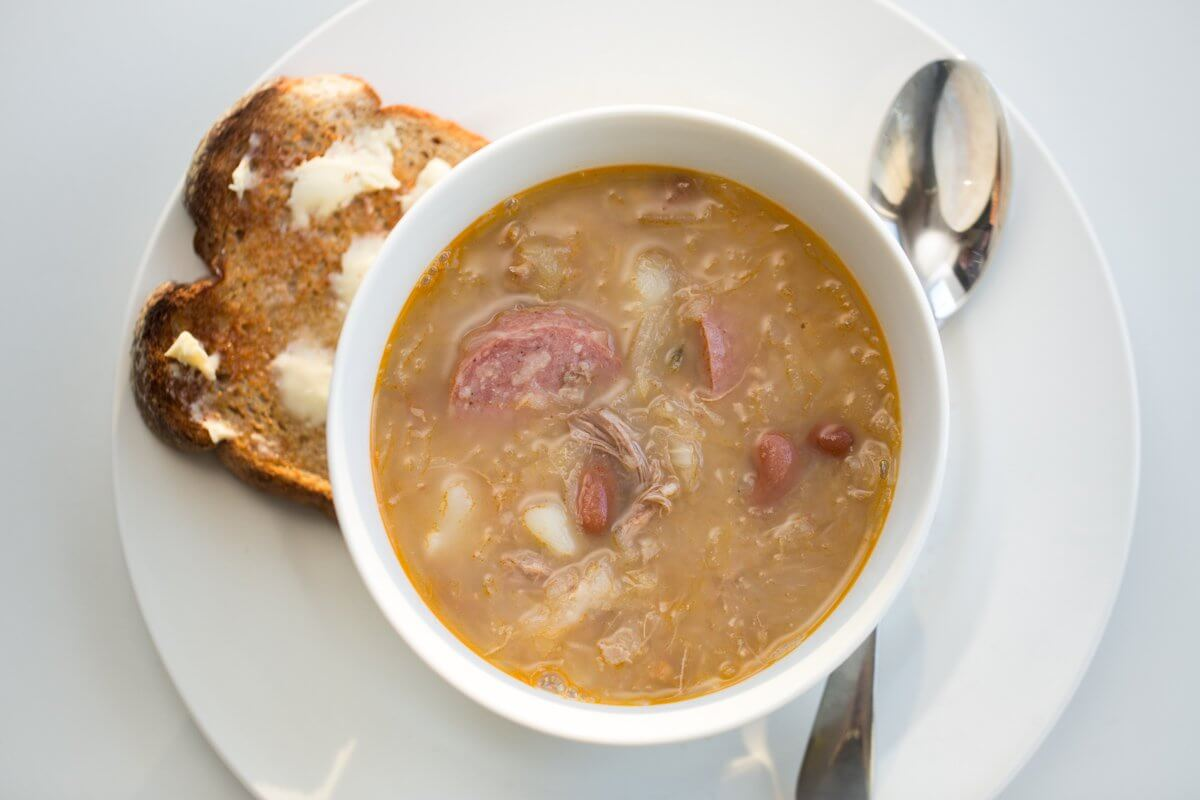 Jota: pork, bean and sauerkraut soup