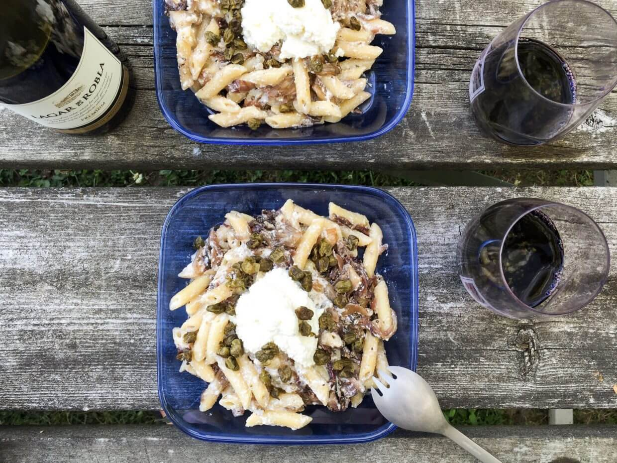 Penne with ricotta, caramelized onion, radicchio and capers